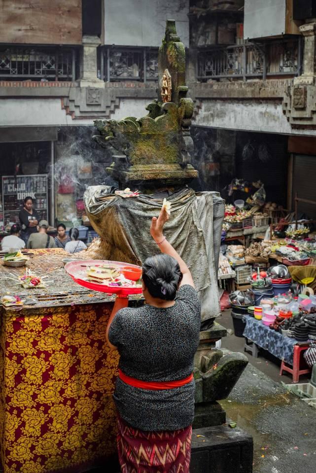 Daily Offerings at Pasar Ubud - Bali Street Photographer