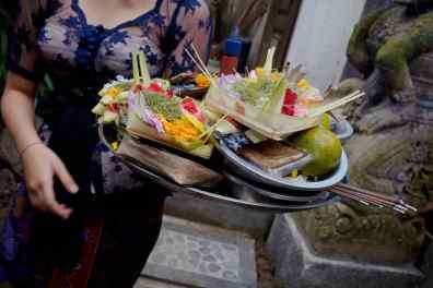 Canang - Bali Street Photographer Pasar Ubud