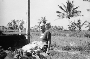 Portrait of Rodney founder of Seniman Coffee - Bali Street Photographer Ubud Bali