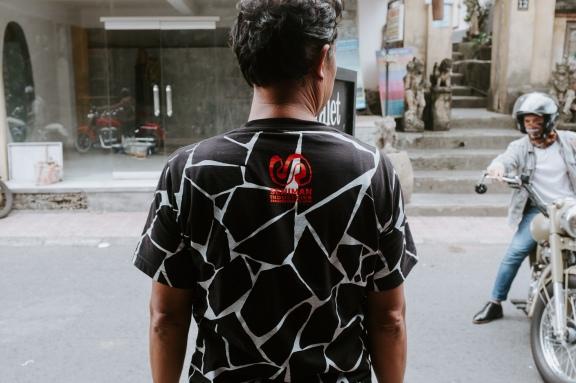 Seniman Coffee Valet Parking Ubud - Bali Street Photographer