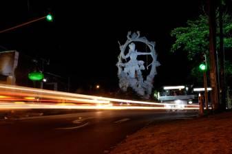 Arjuna Statue Ubud - Bali Street Photographer