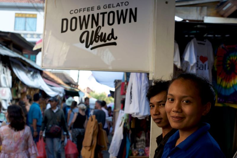 Downtown Ubud Cafe - Bali Street Photographer