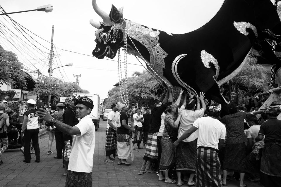 Lembu or Black Ox Sarcophagus - Bali Street Photographer