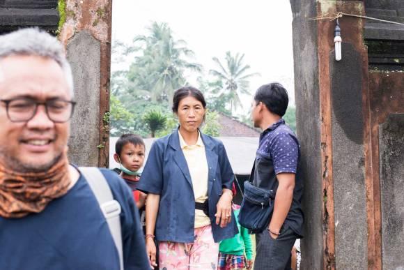 Layering street compositions - Bali Street Photographer