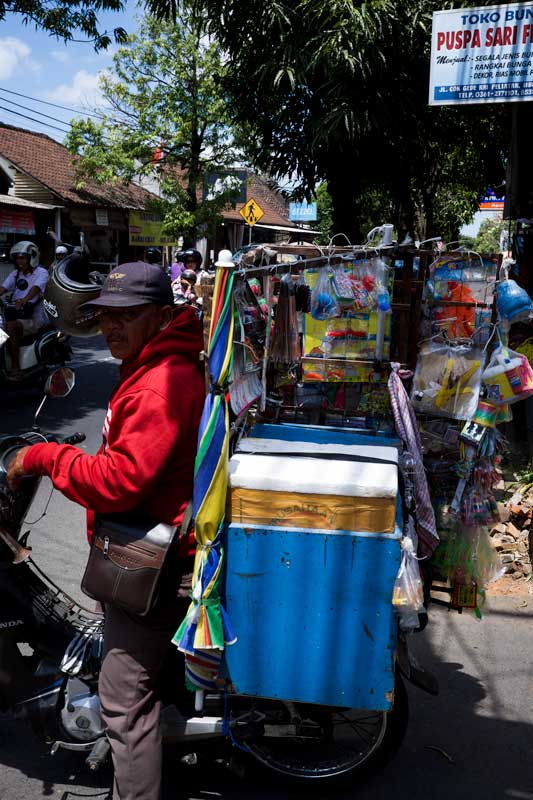 Meals on Wheels - Bali Street Photographer