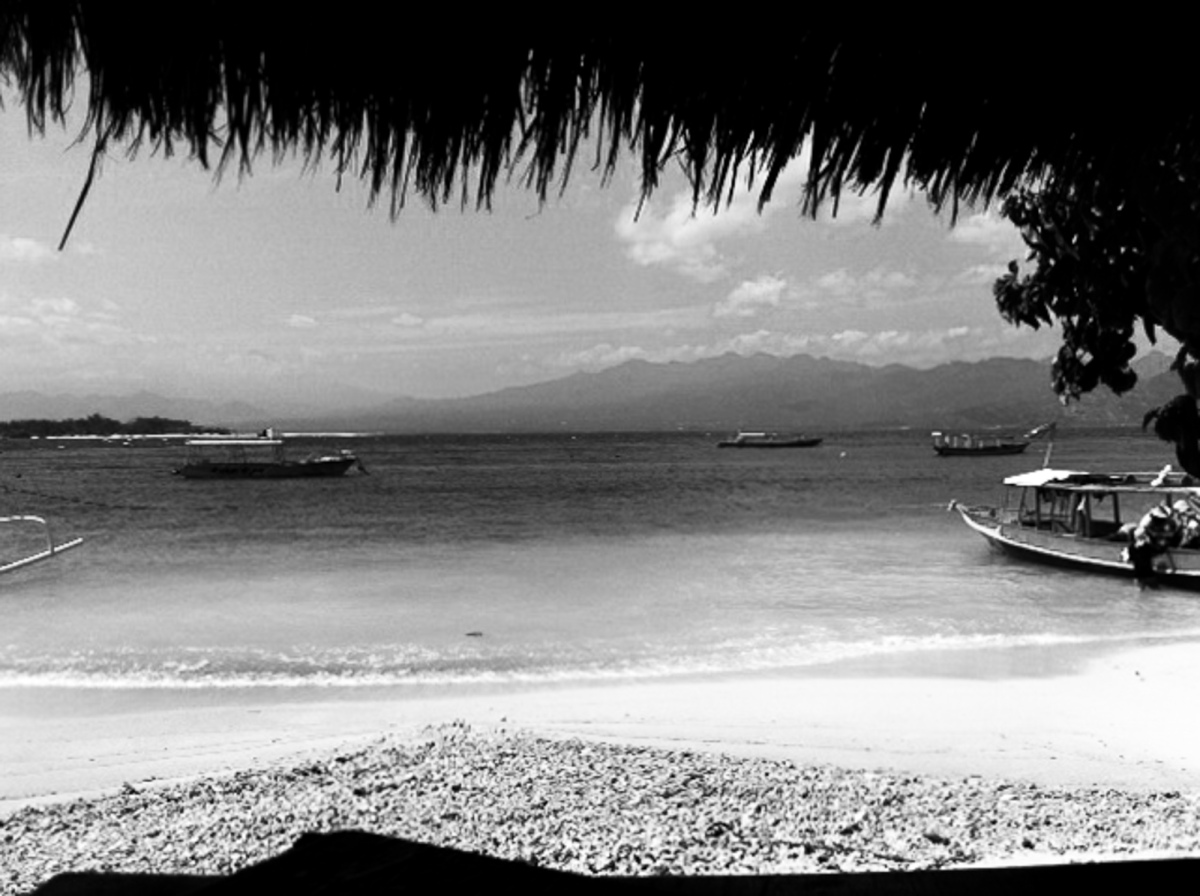 The beach at Gili Trawangan on Lombok, Indonesia - Bali Street Photographer
