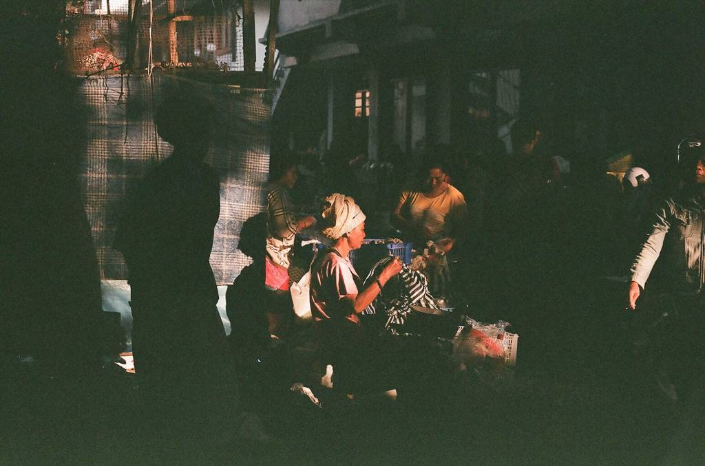Pasar Ubud on 35mm film by Bali Street Photographer