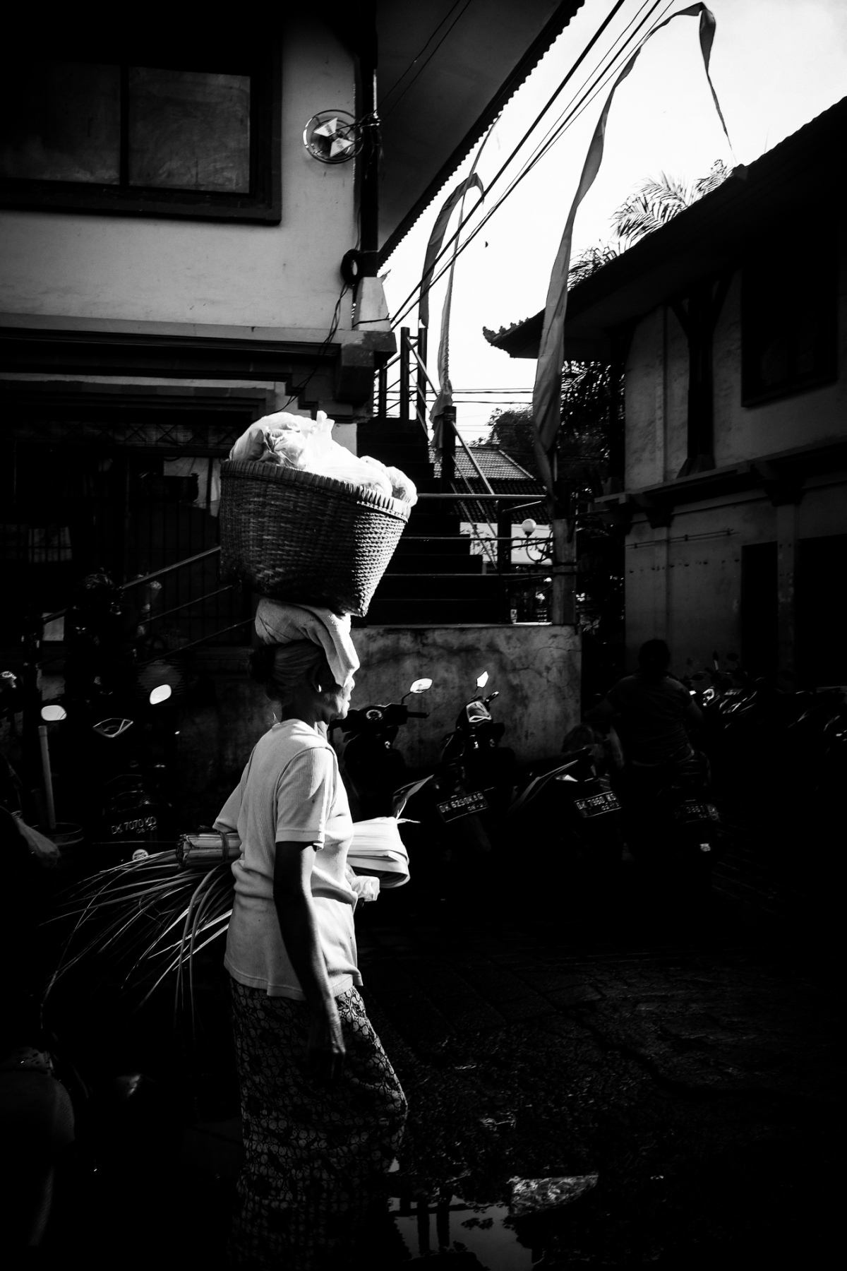 Chasing Harsh Light in Pasar Ubud by Bali Street Photographer