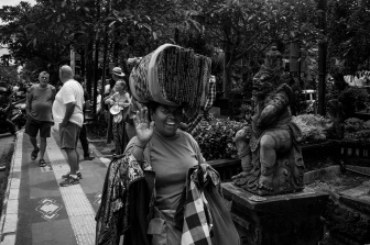 Photos of Balinese Ceremonies with a Twist - Bali Street Photographer
