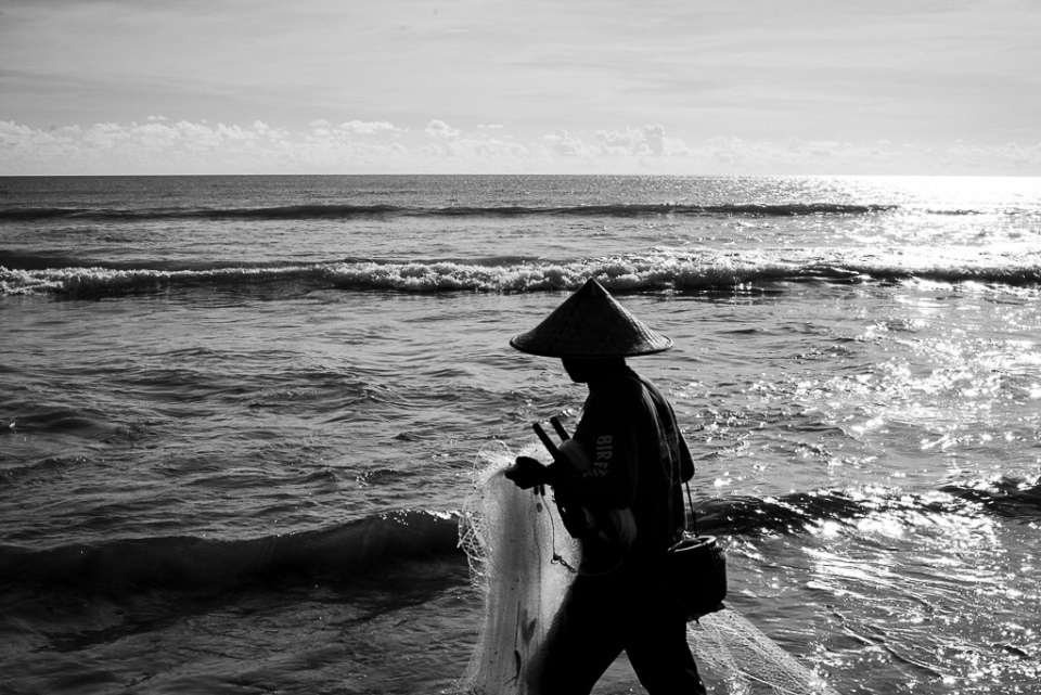 Seminyak Fisherman - Bali Street Photographer on the road