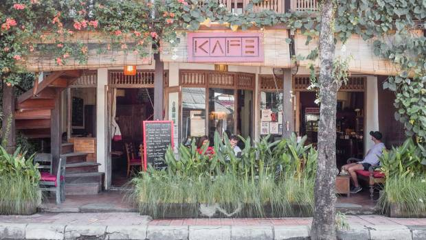 KAFE an Ubud Institution - Bali Street Photographer