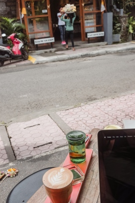 Seniman Coffee Ubud Bali - What to do in Ubud - Bali Street Photographer