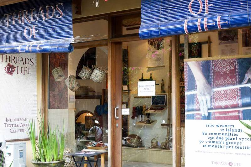 Threads of Life Textiles - What to do in Ubud by Bali Street Photographer