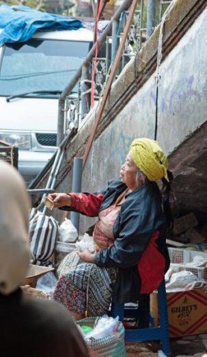 Photos by Paul Eveleigh on the Pasar Ubud Tour by Bali Street Photographer