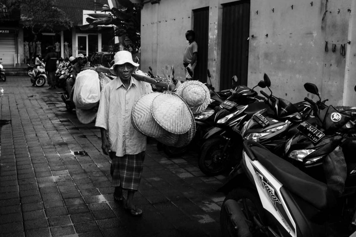 Pasar Ubud After the Rain - Bali Street Photographer