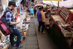 Bali Street Photographer tours in Pasar Ubud