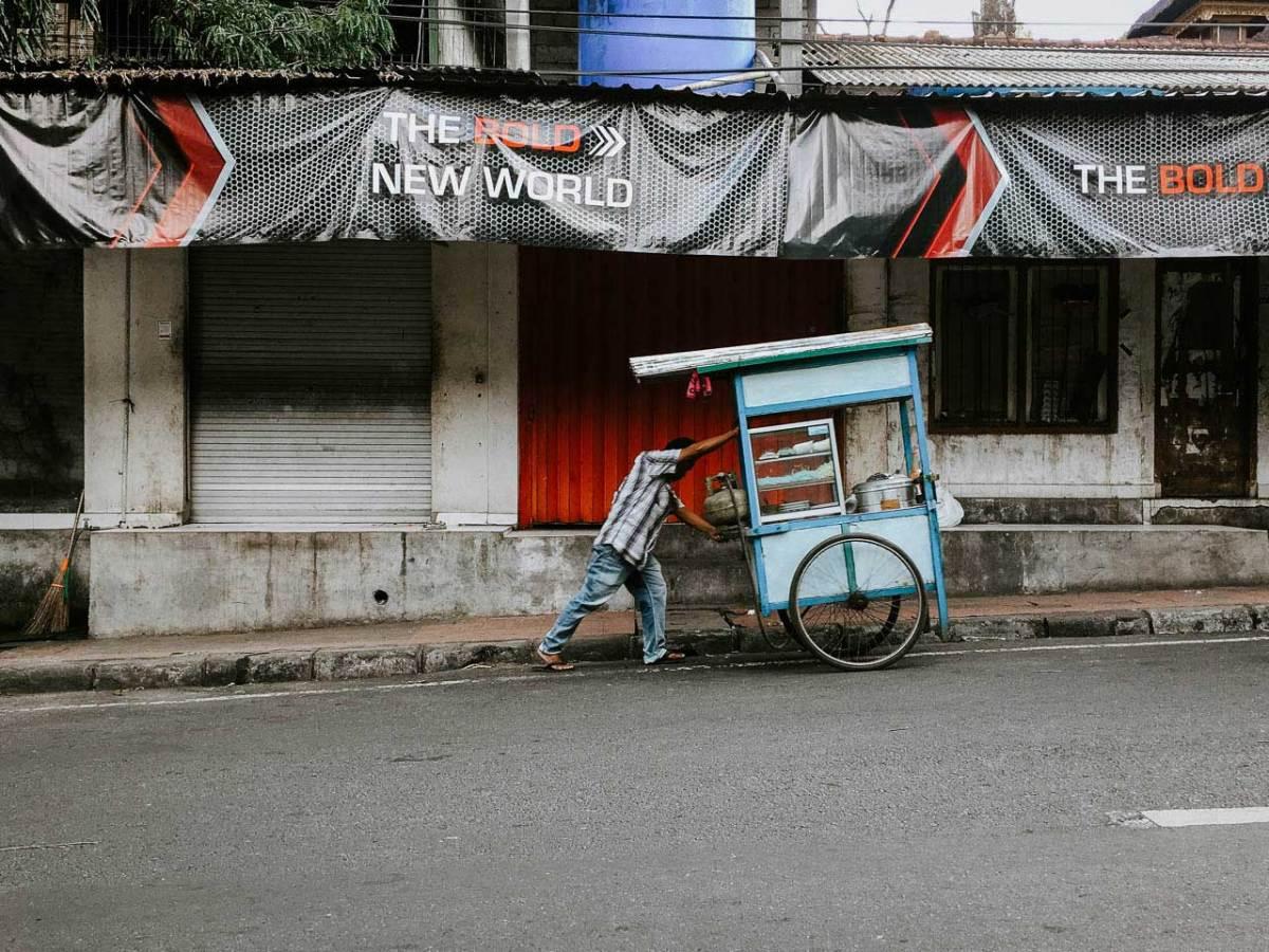 Kaki LIma North of Ubud Bali - Bali Street Photographer